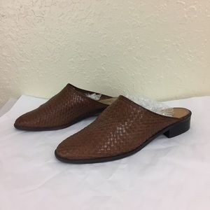 Vintage woven leather slip on 90s shoes sz 8.5